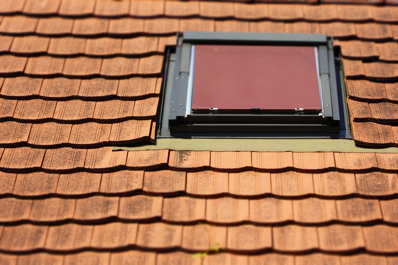 Roofing windows
