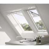 VELUX GPU PK06 0070 White Polyurethane Top-Hung Window (94 x 118 cm)