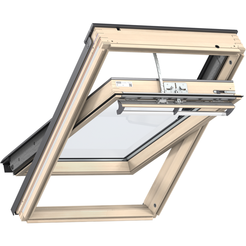 VELUX GGL UK08 306621U Pine INTEGRA® Electric Triple Glazed Window (134 x 140 cm)