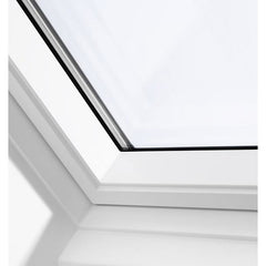 VELUX GGU FK06 0062 White Polyurethane Centre-Pivot Roof Window (66 x 118 cm)