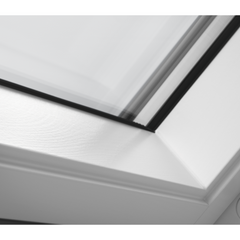 VELUX GPL PK10 2070 White Painted Top-Hung Window (94 x 160 cm)