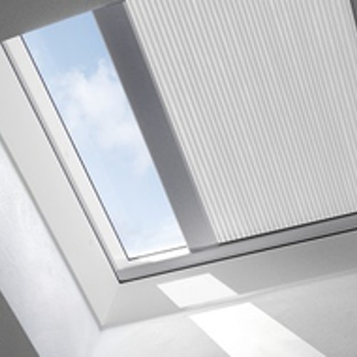 VELUX FSK SOLAR Light Dimming Energy Blinds