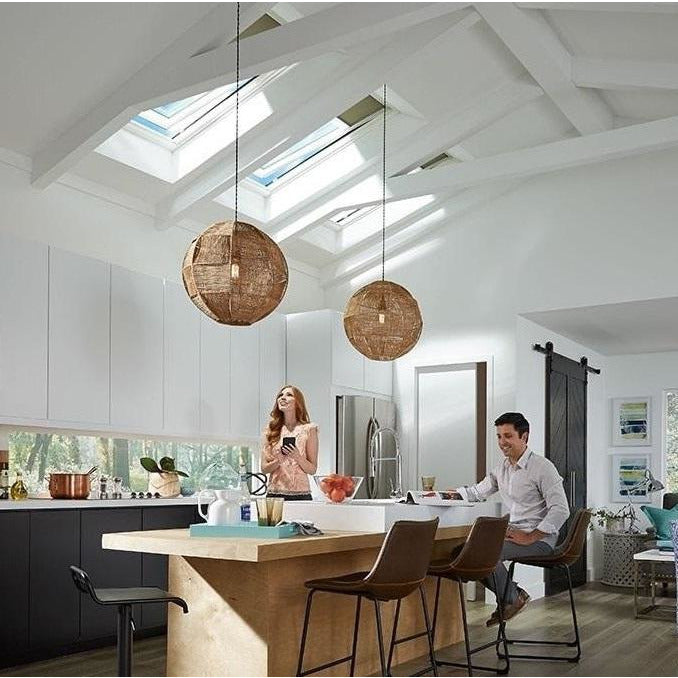 VELUX GGL SK10 207021U White Painted INTEGRA® Electric Window (114 x 160 cm)