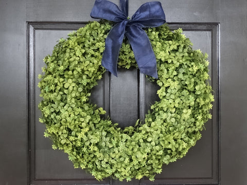 Winter Boxwood Wreath