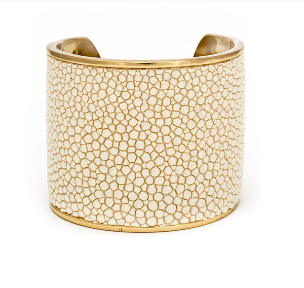 Ivory Hunter Stingray Wide Cuff