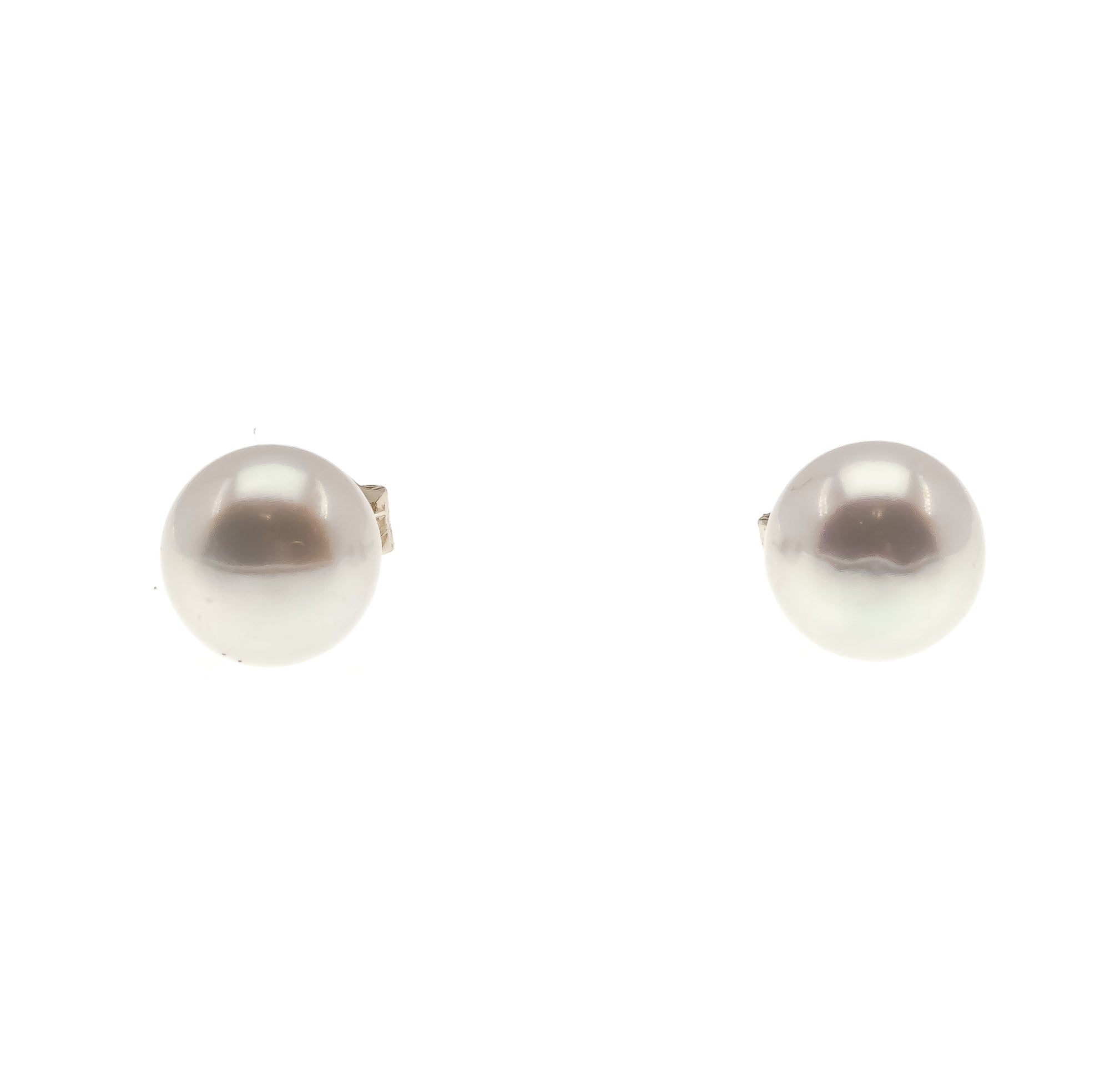 Lustrous Classics - Vintage 14K Yellow Gold Cultured Akoya Pearl Stud Earrings (VE114)