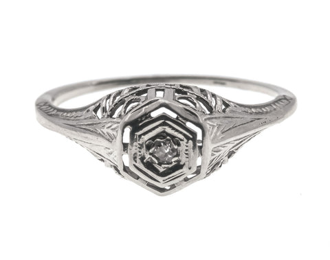Edwardian 18K White Gold Solitaire Diamond Ring