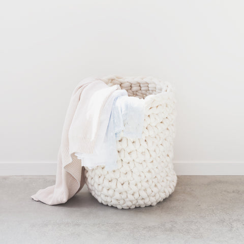 Create this chunky laundry hamper using our chunky wool merino bumps of Plump & Co 1 ply yarn, with Giant crochet hook from Plump & Co. In New Zealand and Australia. With chunky wool merino knits and layers of textures for your home inspiration.