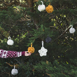 Create this chunky hanging xmas festive star using our chunky wool merino bumps of Plump & Co Mini 2 ply yarn, with Giant crochet hook from Plump & Co. In New Zealand and Australia. With chunky wool merino knits and layers of textures for your home inspiration.