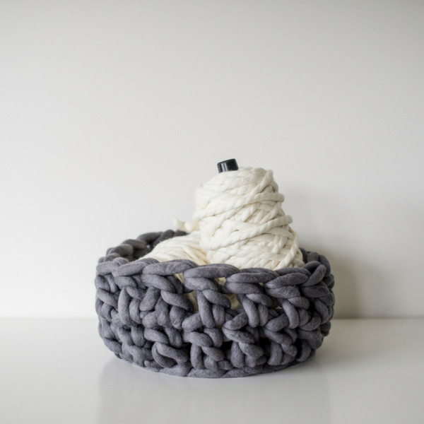 Crochet your own chunky yarn basket using Plump & Co XXL yarn