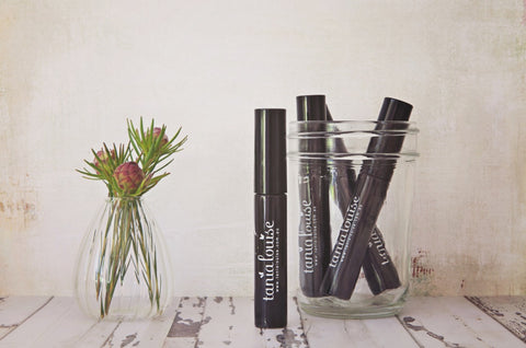 Nourishing Tania Louise Mascara