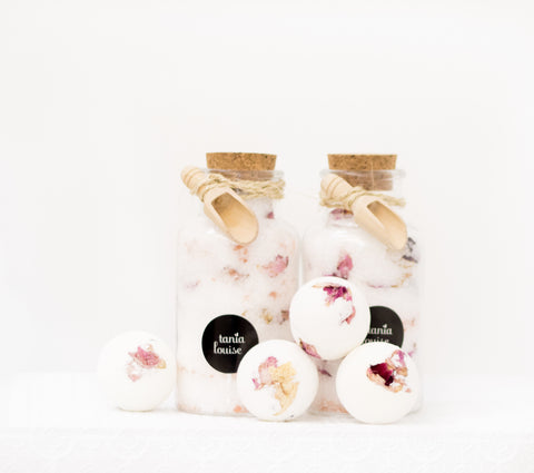 Himalayan Rose Magnesium Therapy Muscle Soak with bath bombs Tania Louise