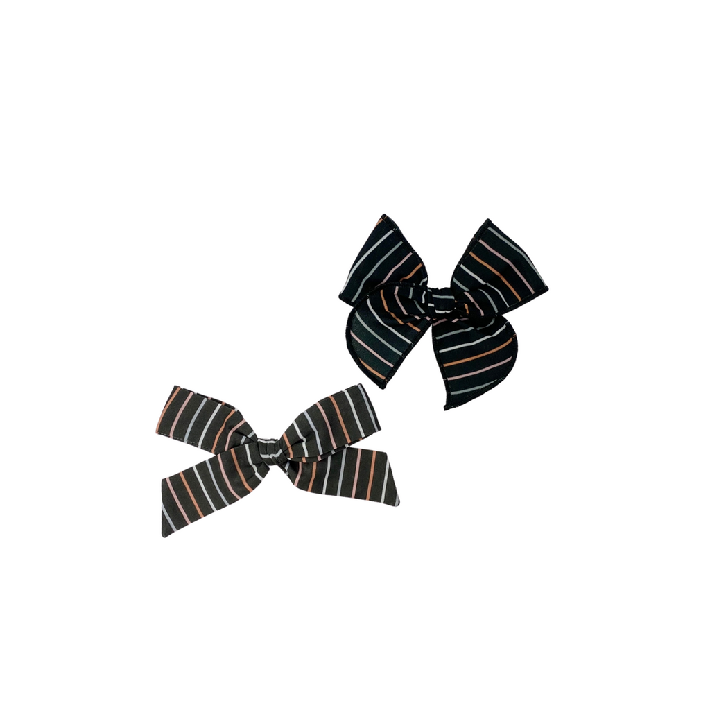 Bewitched Stripe :: Explorer Bow