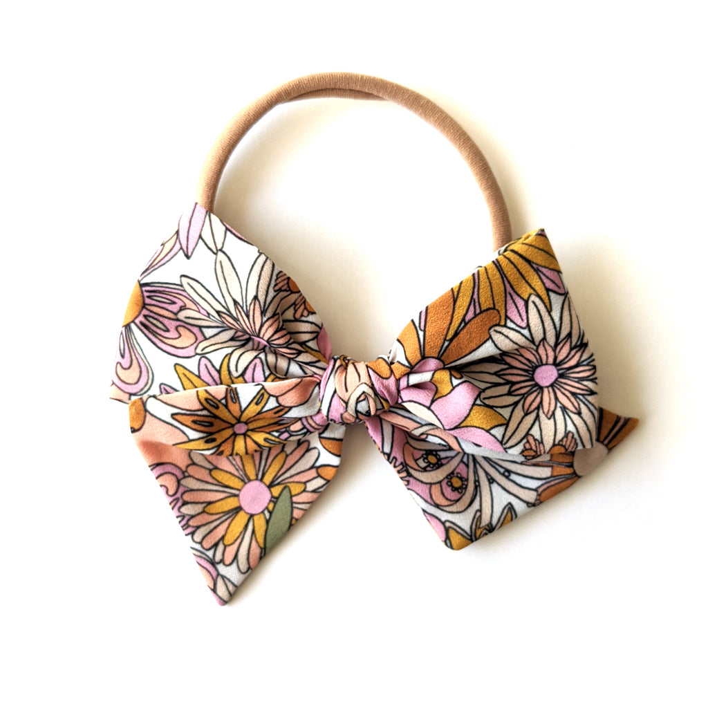 70's Floral :: Voyager Bow