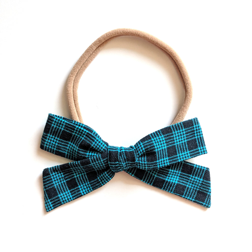 Navy Plaid :: Explorer Bow
