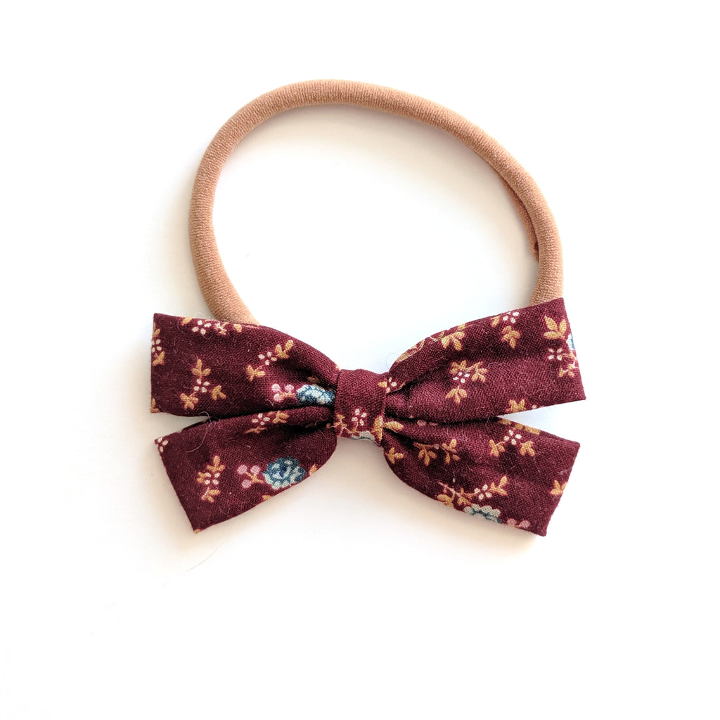 Burgundy Floral :: Mini Scout
