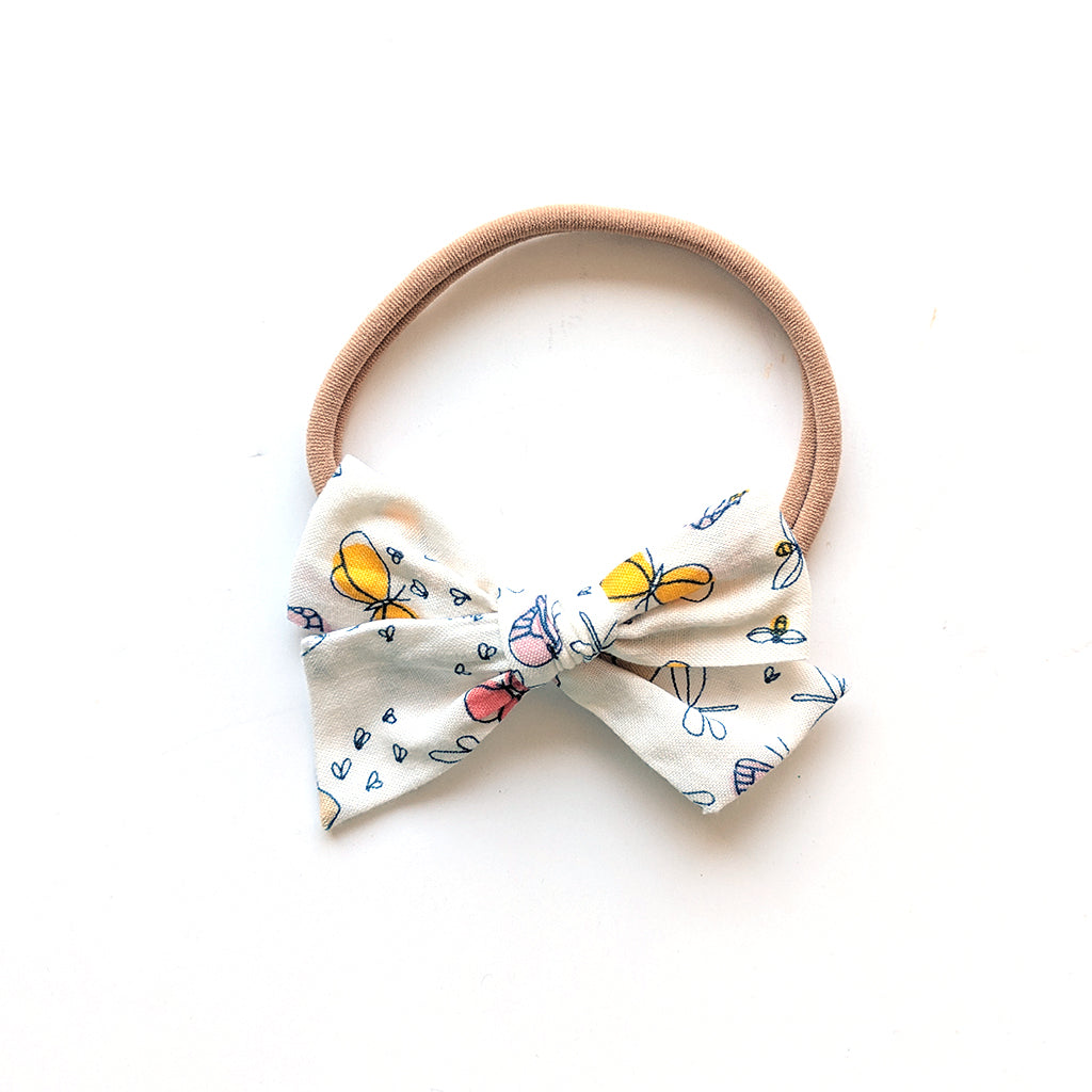 Butterflies and Bees :: Mini Voyager Bow