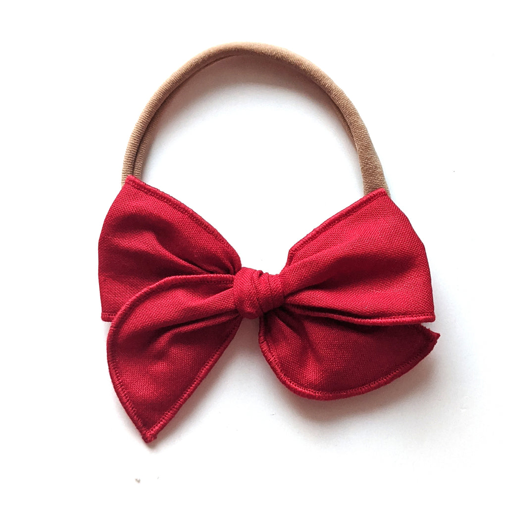 Crimson :: Mini Wayfarer Bow