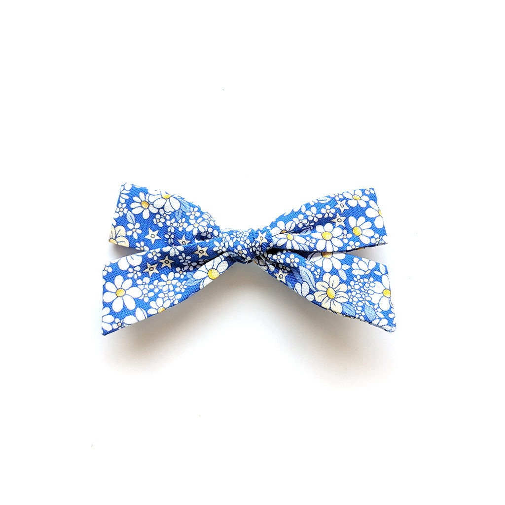 Dandelion Flower Patch :: Explorer Bow