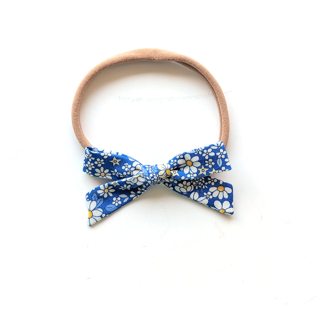 Dandelion Flower Patch :: Mini Explorer Bow