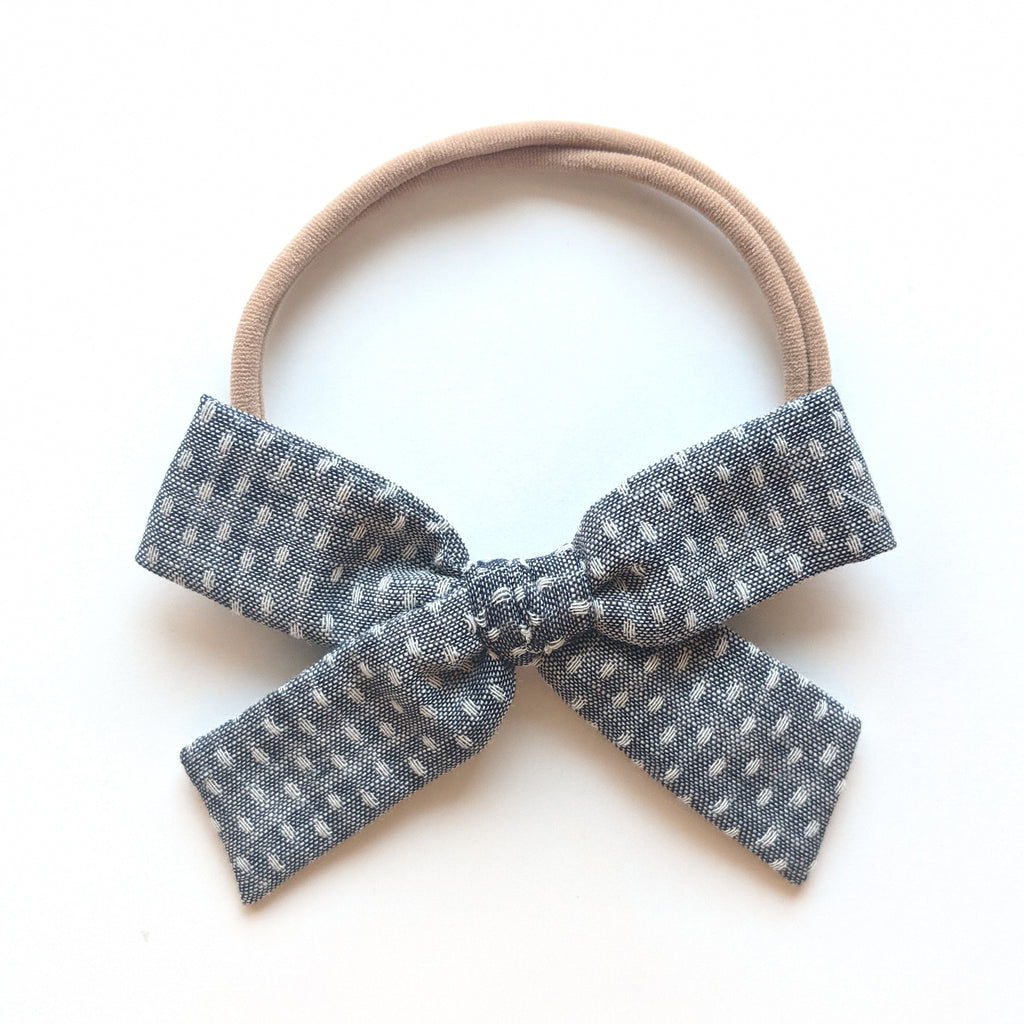 Dark Chambray Stitch:: Explorer Bow