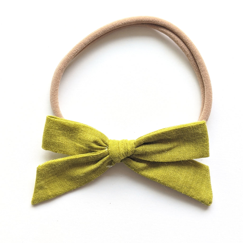 Fern :: March '20 :: Mini Explorer Bow