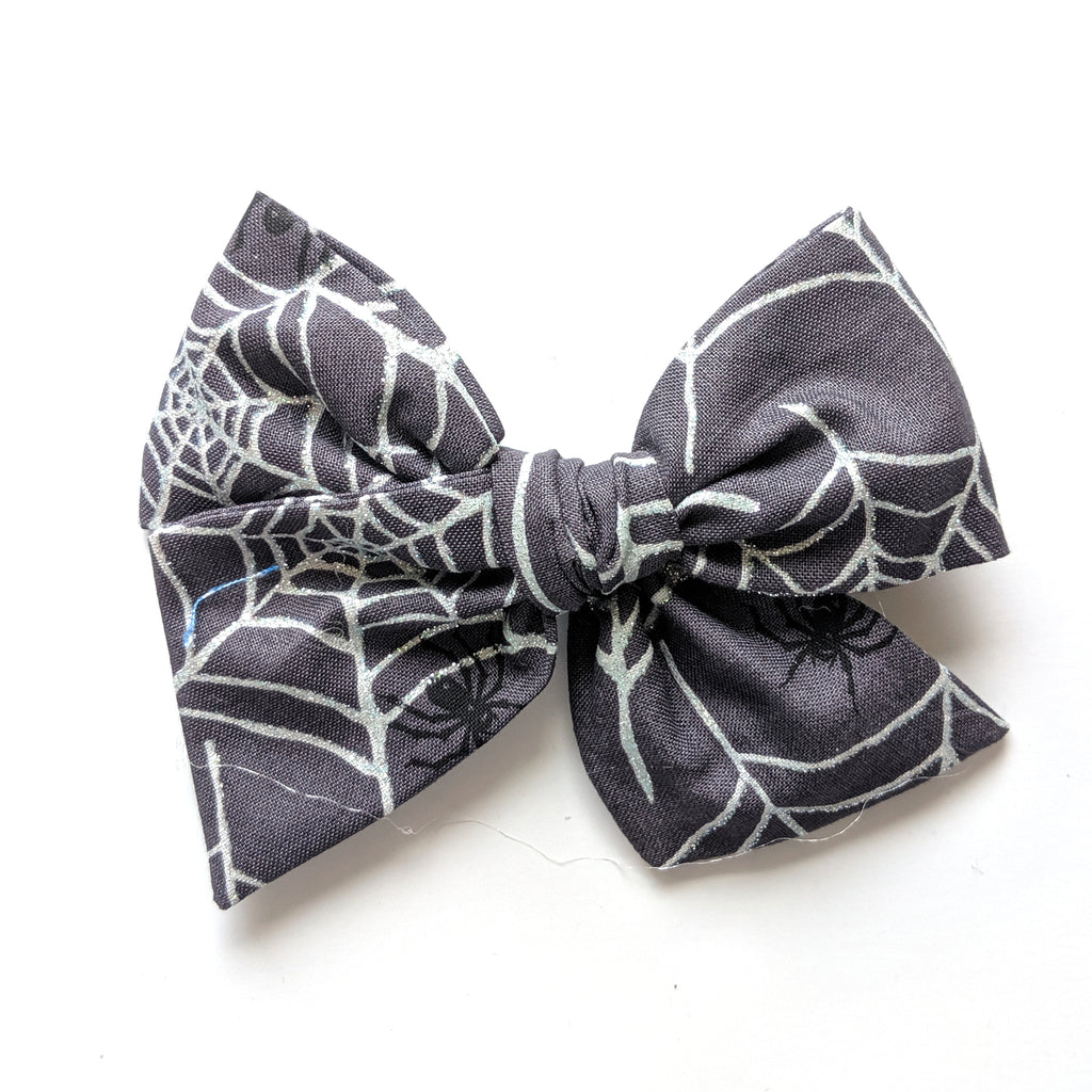 Glitter Webs :: Voyager Bow