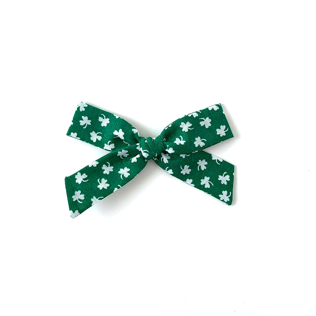 Green Clover :: Mini Explorer Bow
