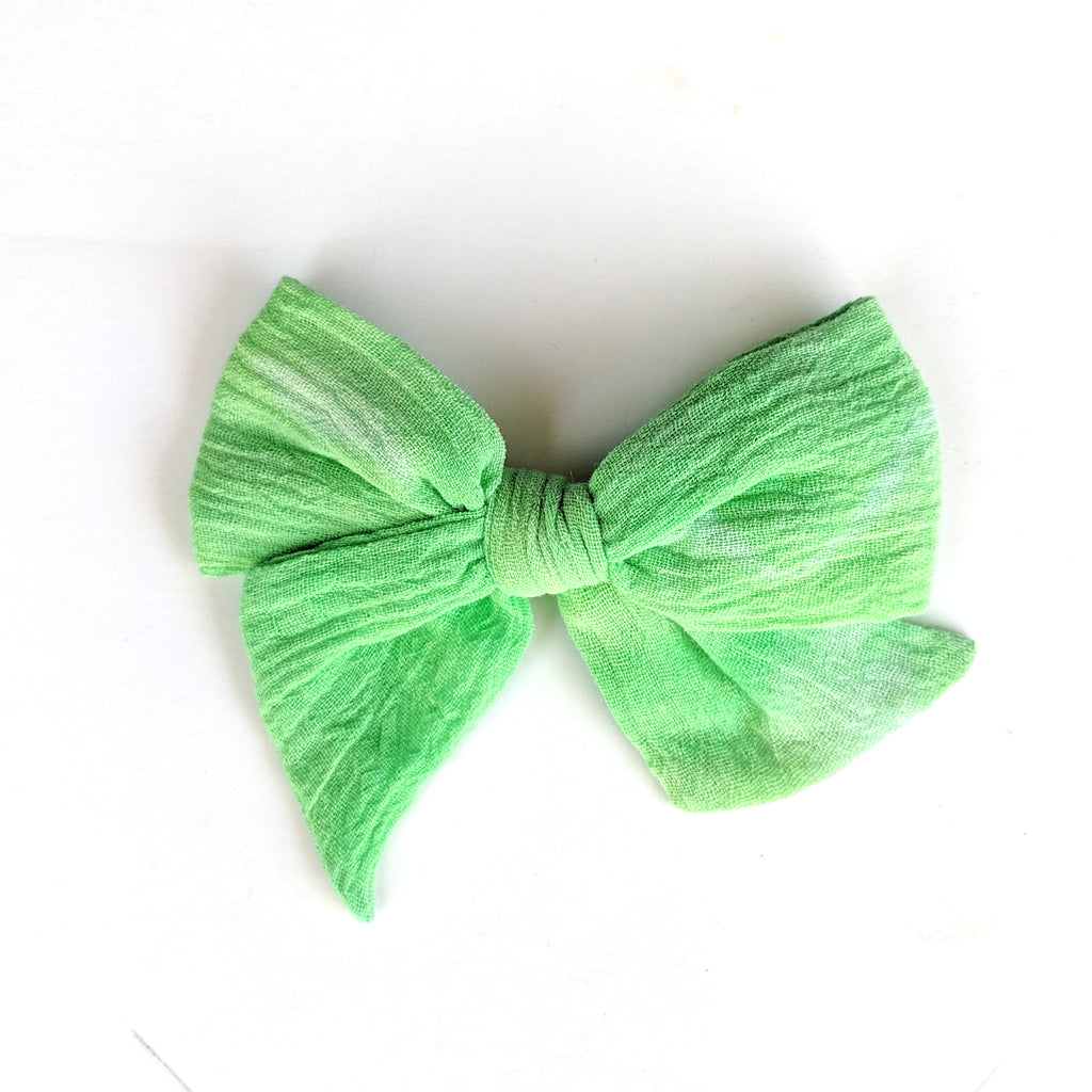 Green Grass Tie Dye :: Voyager Bow