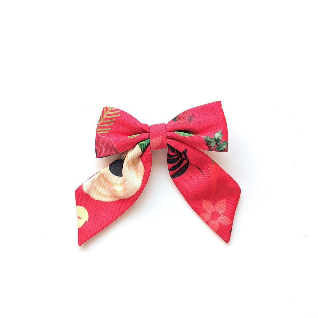 Christmas Floral :: Pioneer Bow