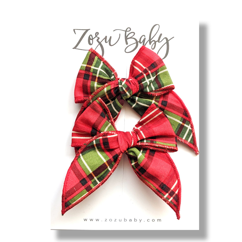 Holiday Plaid :: Mini Traveler Pigtail Set