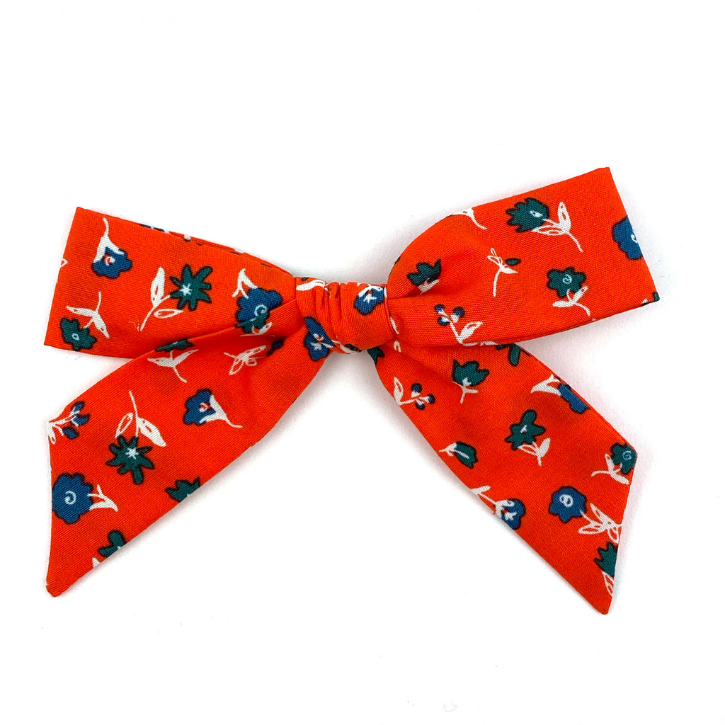 Red Floral :: Oversized Explorer Bow