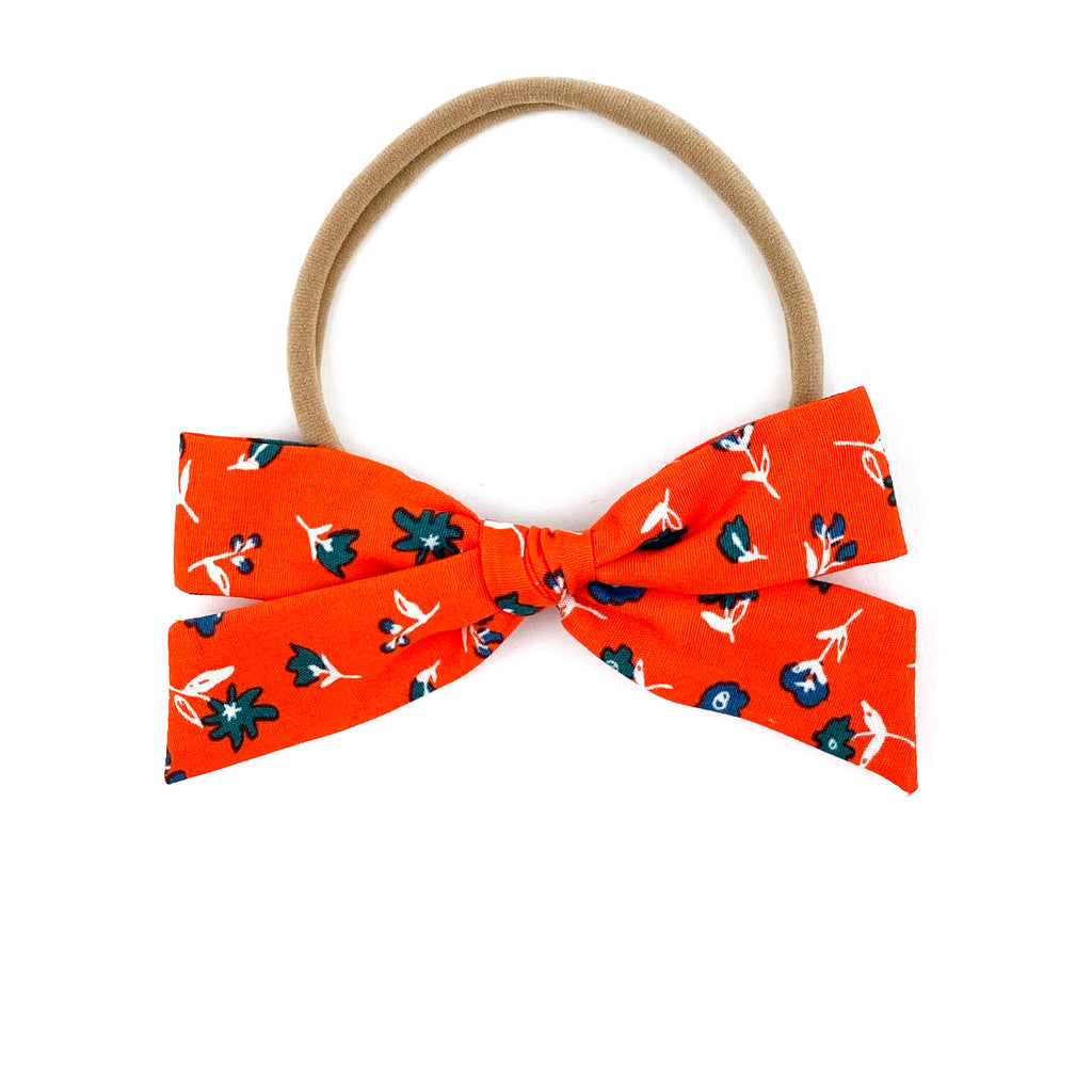 Red Floral :: Explorer Bow
