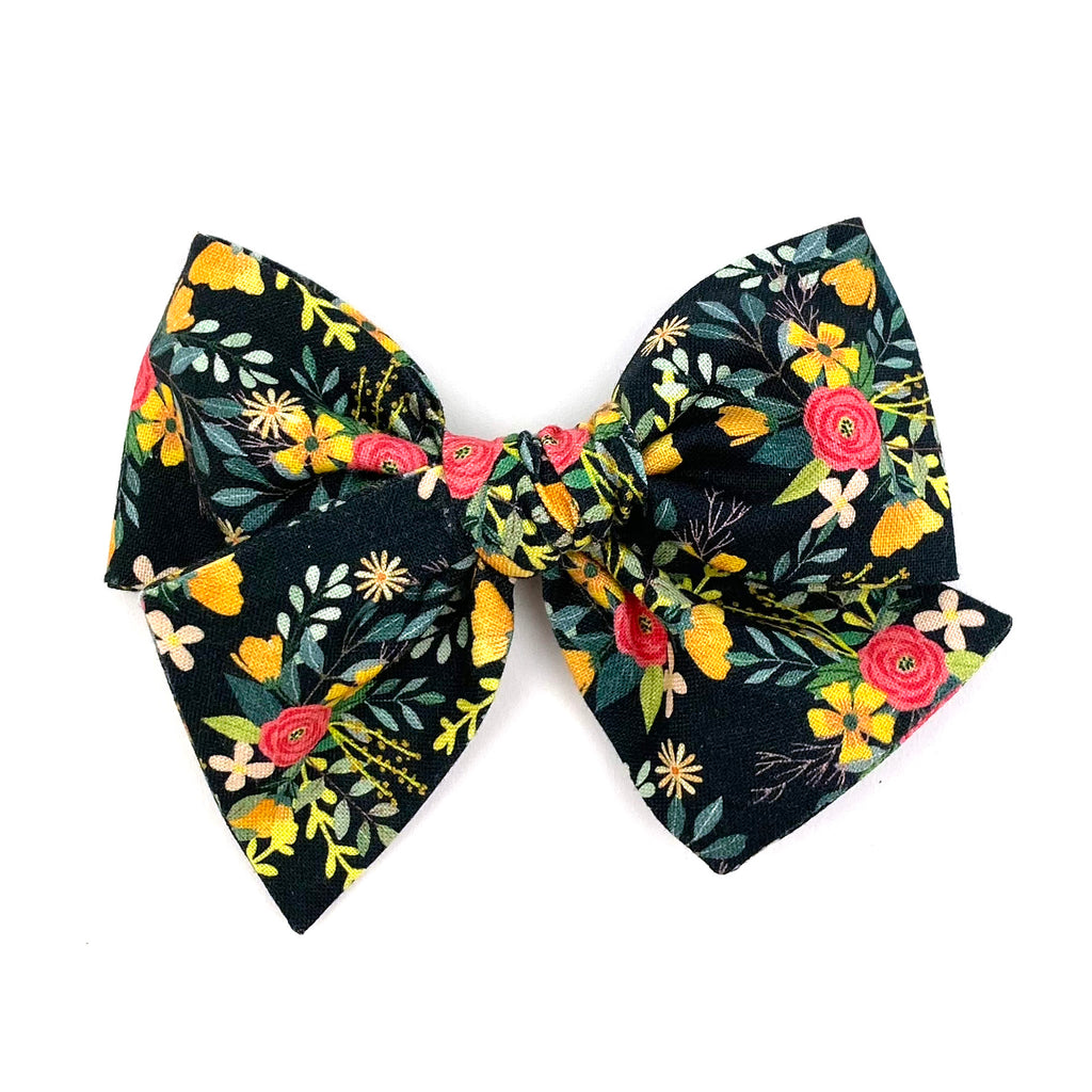 Midnight Floral :: Voyager Bow