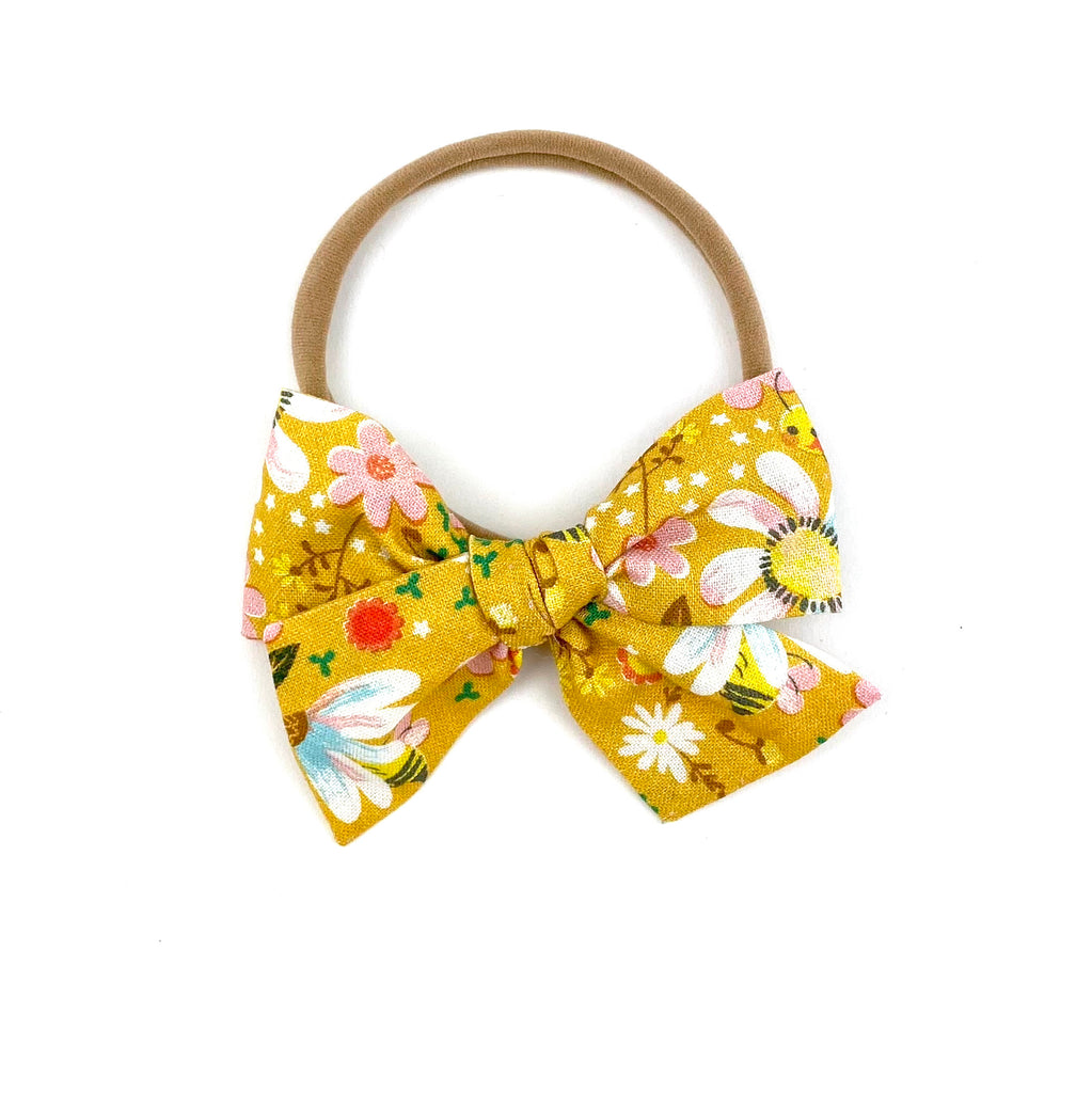 Blooms and Bees :: Mini Voyager Bow