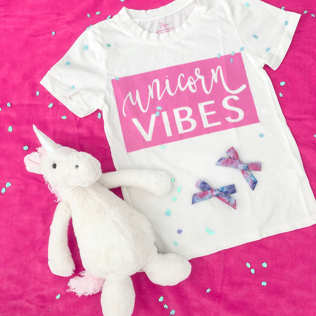 Unicorn Vibes :: Kids Short Sleeve