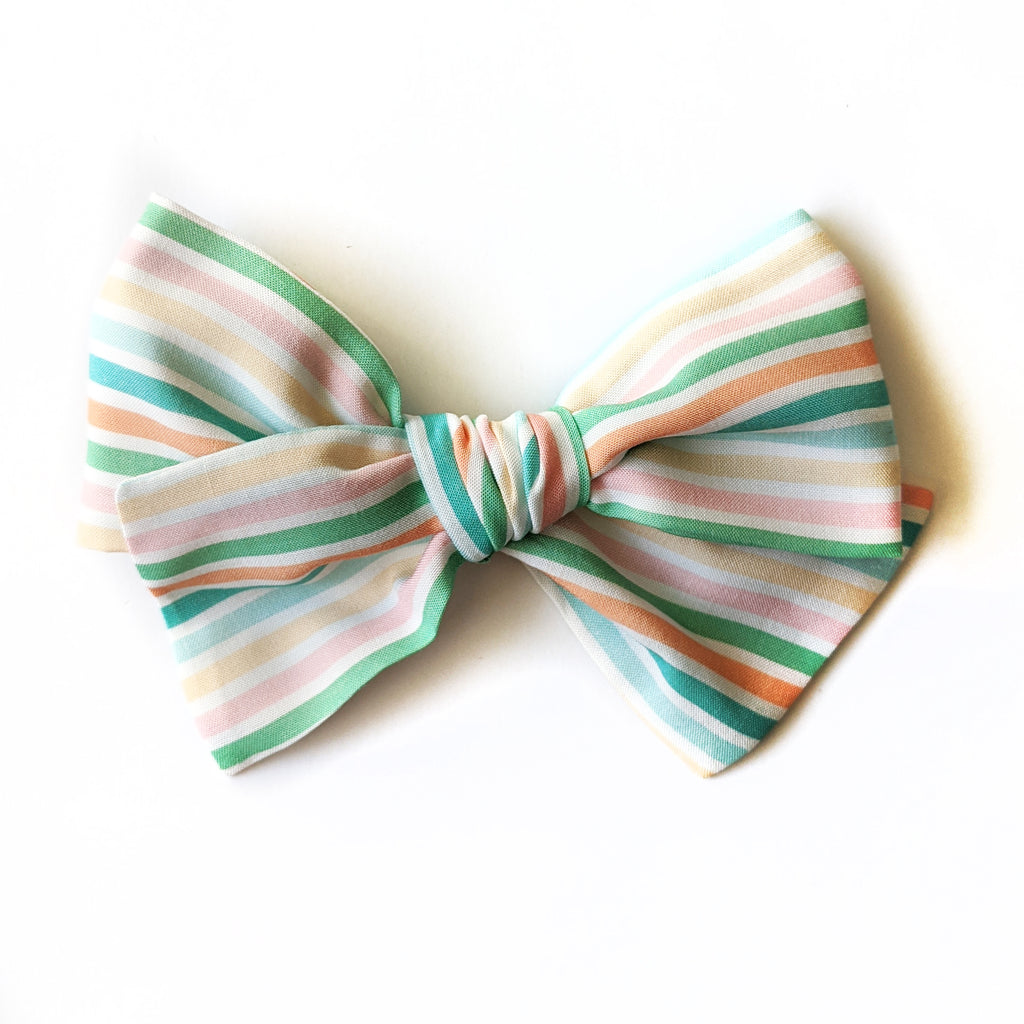 June Stripe :: June '20 :: Voyager Bow