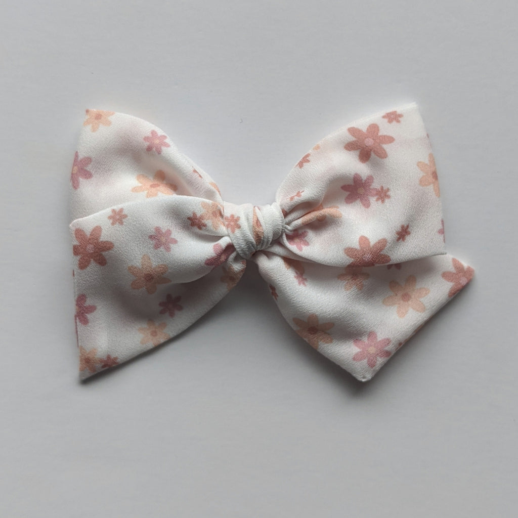 Just Daisy's :: Mini Voyager Bow