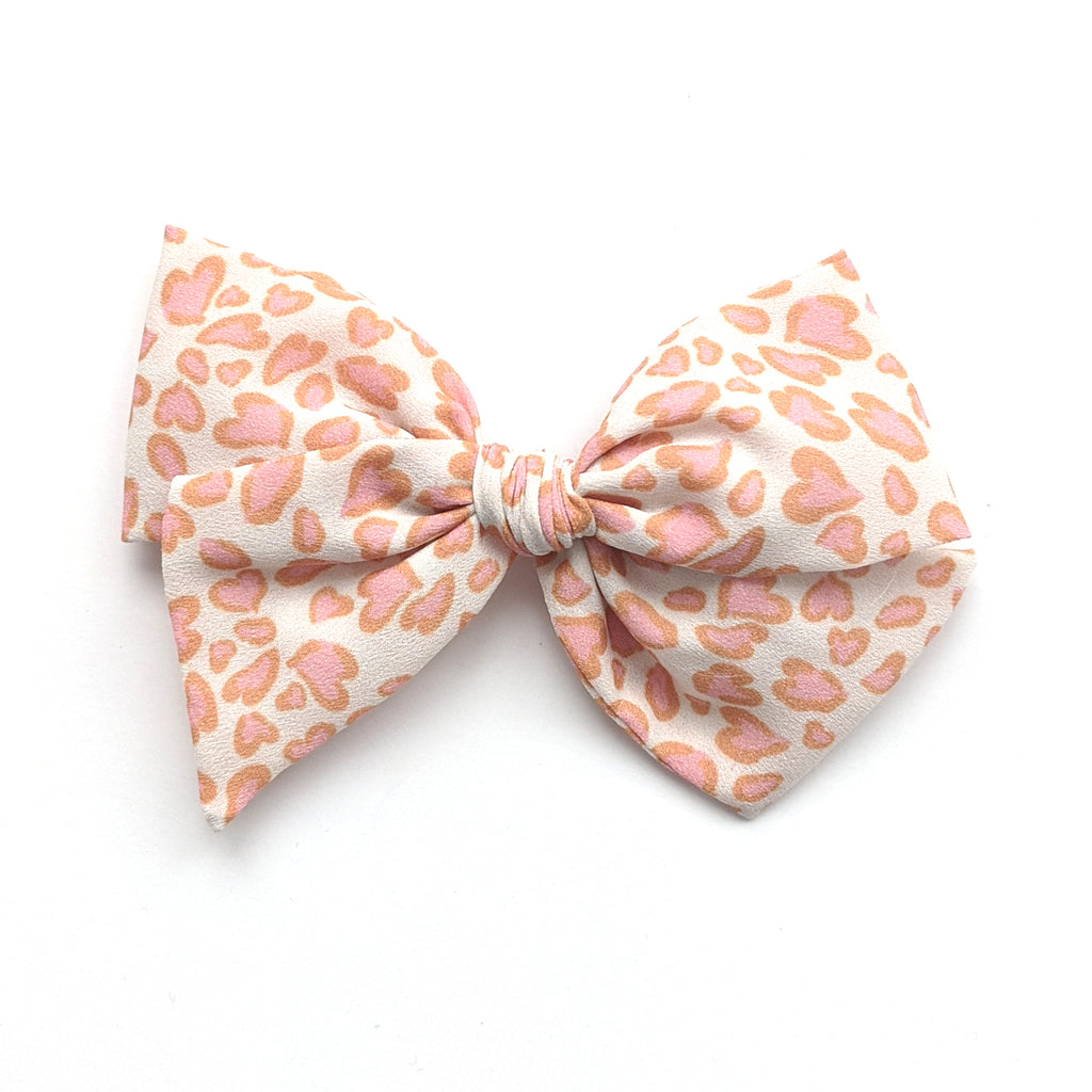Leopard Love  :: Voyager Bow