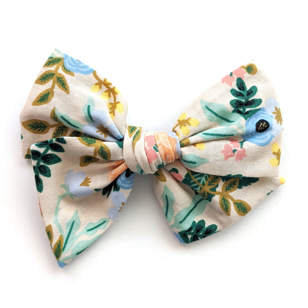 May Floral :: May '20 :: Voyager Bow