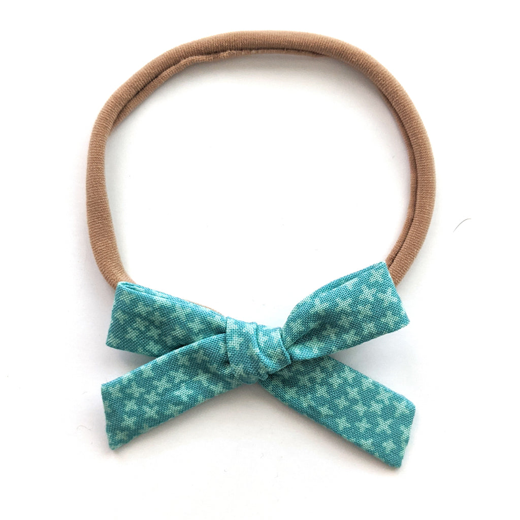 Green Stars :: May '20 :: Mini Explorer Bow