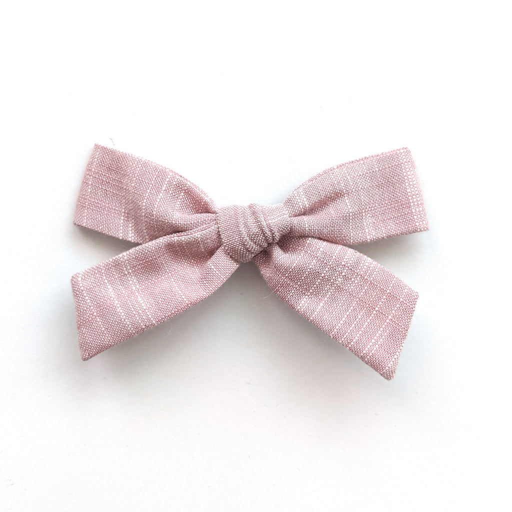 Dusty Rose :: May '20 :: Explorer Bow