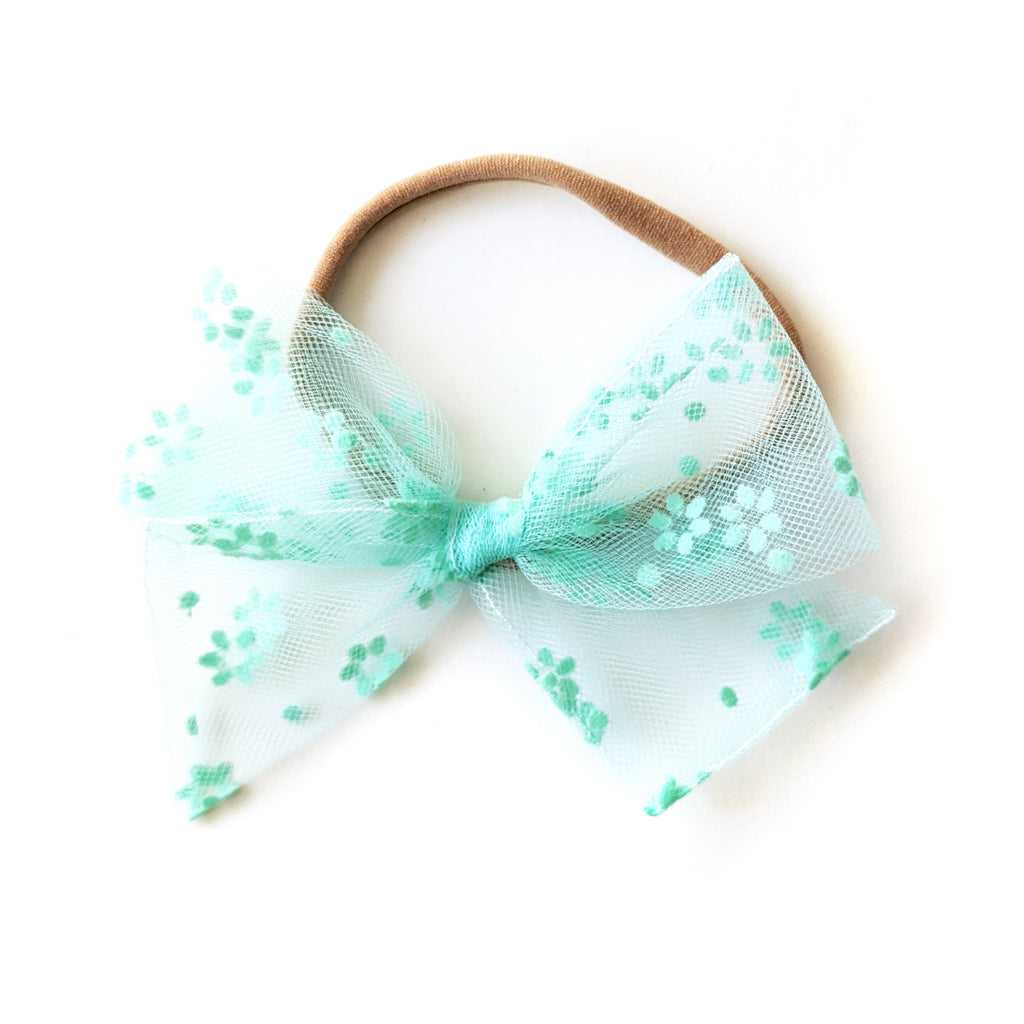 Mint Tulle :: June '20 :: Voyager Bow