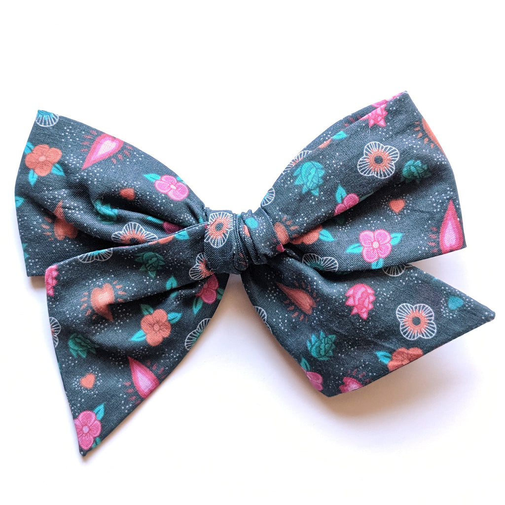 CoCo Floral :: Voyager Bow