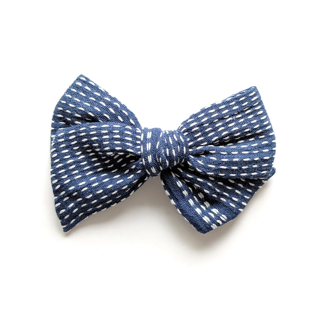 Navy Stitch :: Voyager Bow