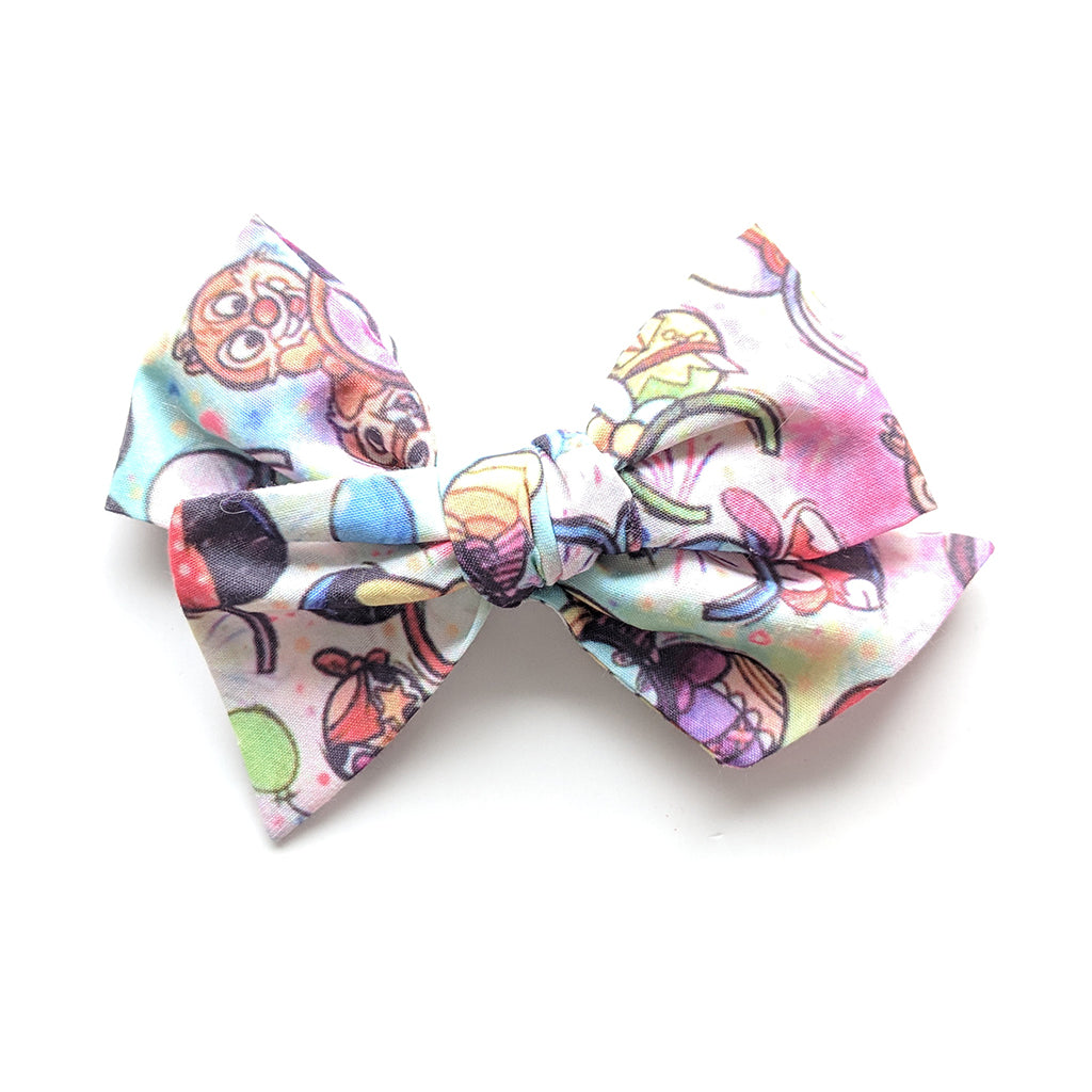 Character Hats in Watercolor :: Voyager Bow