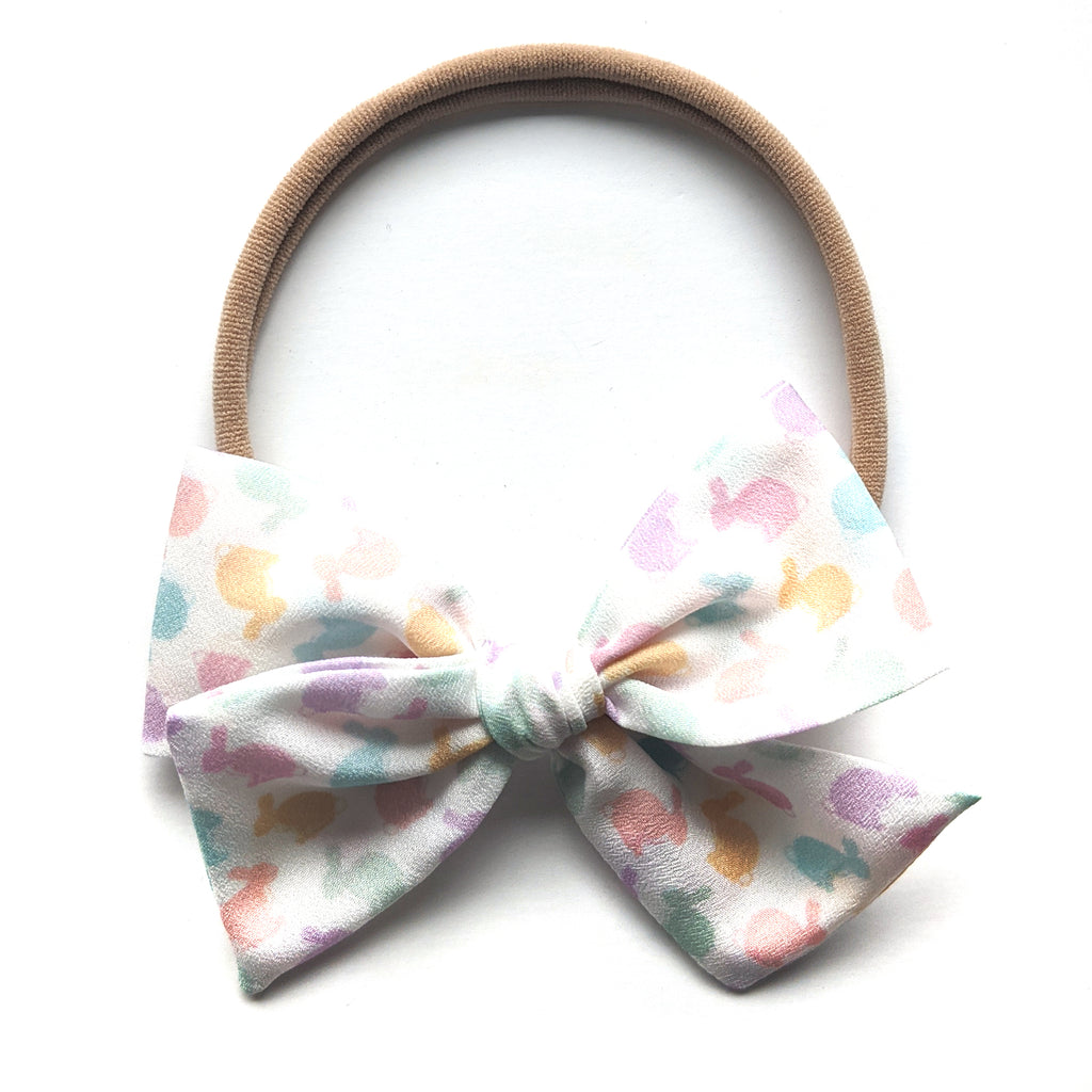 Pastel Bunnies :: Mini Voyager Bow