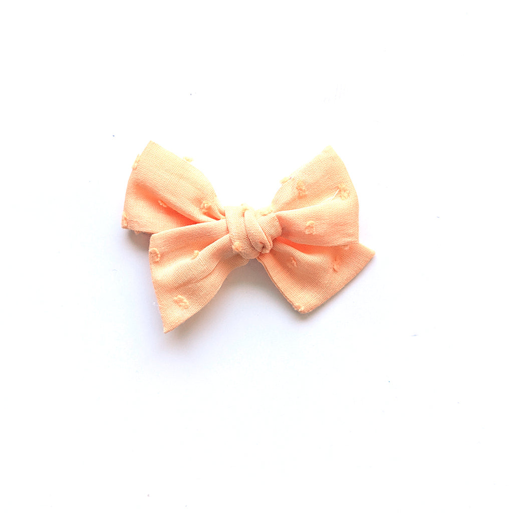 Peach Swiss Dot :: Mini Voyager Bow