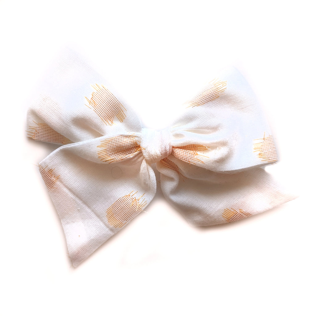 Peach Thumbprint :: Voyager Bow