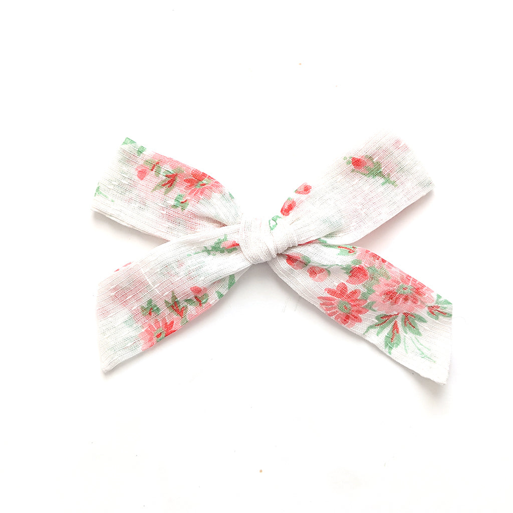 Perfect Floral :: Oversized Explorer Bow